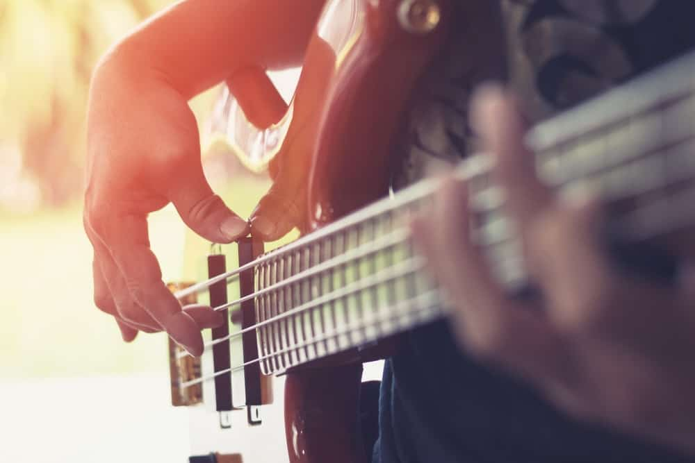 How to play the bass guitar