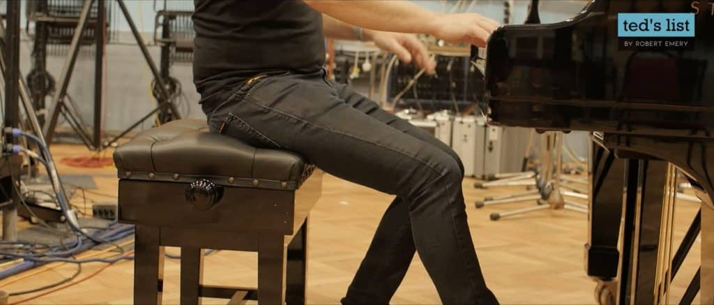 where to sit on a piano stool
