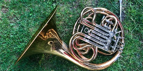 French HornBeginners Guide to Learning the French Horn
